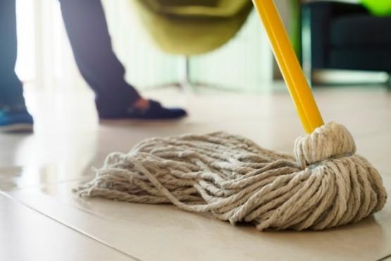 Prohíben el uso y venta de productos de limpieza de reconocida primera marca
