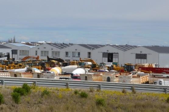 En poco tiempo el Municipio contaría con maquinaria de Austral Construcciones