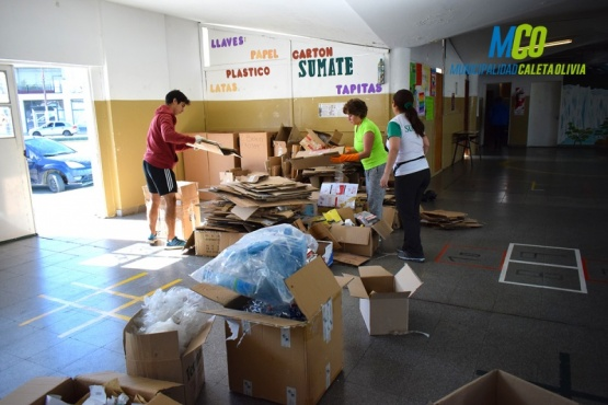 Operativo conjunto de limpieza y de reciclaje