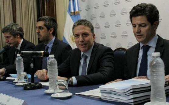 El oficialismo espera un resultado ajustado en Diputados