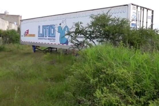 Escándalo por los más de 150 cuerpos encontrados en una morgue móvil en Jalisco