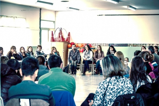 Educación abre la inscripción a los docentes de la Escuelita del Río