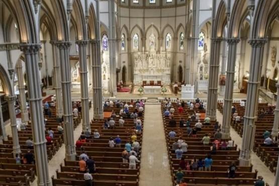 La diócesis de Brooklyn pagará 27,5 millones de dólares a cuatro niños abusados por un profesor de religión
