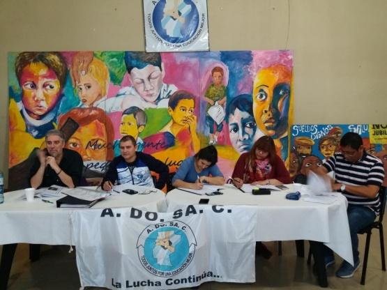 ADOSAC ratificó el paro y rechazó la oferta del Gobierno