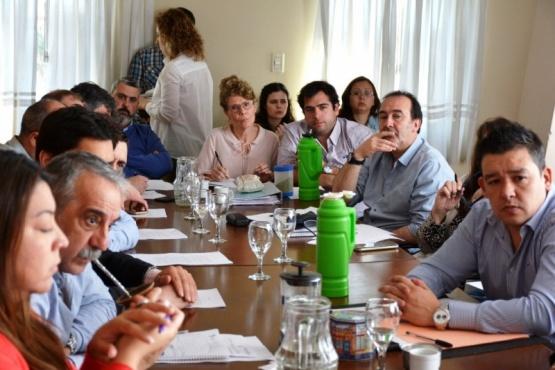 Sin Cambiemos, Perincioli expuso sobre los recortes del Presupuesto Nacional