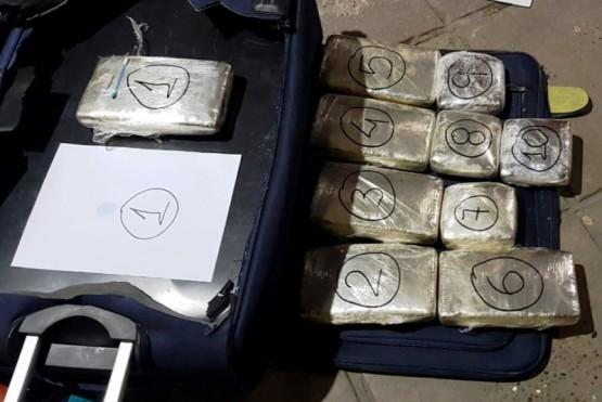 Narcos detenidos en Santa Cruz: secuestran casi 7 kilos de cocaína