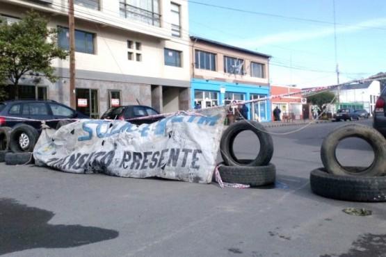 La medida de fuerza del SOEM Río Gallegos se extenderá hasta el martes 2 de octubre.