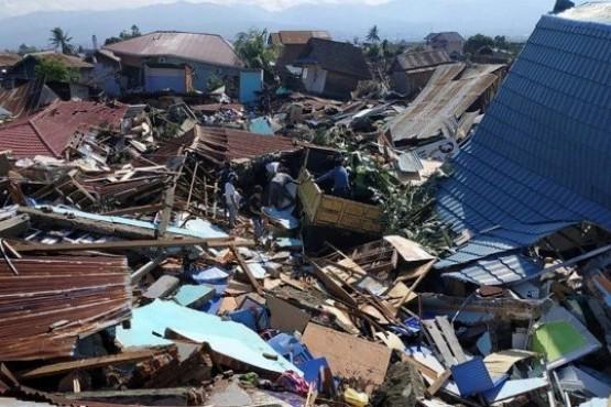Ascienden a 832 los muertos por el terremoto y el tsunami