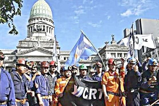El 2 de octubre a las 19:00 será la primera actividad de los mineros de Río Turbio.