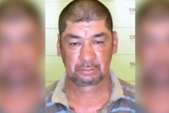 Se entregó el hombre que violó y empaló a un menor
