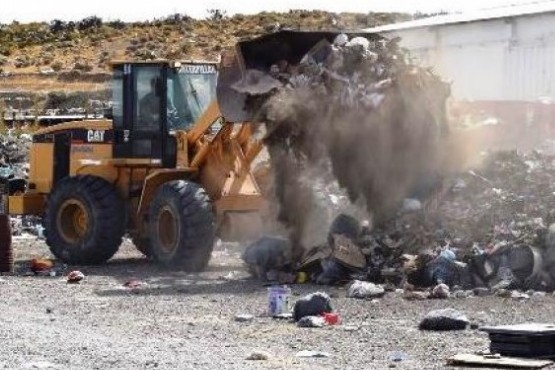 Ediles de Gregores contra el Intendente por el envío de maquinaria a Río Gallegos