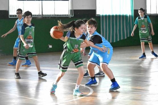 Los más chicos disfrutaron de un día a puro básquet