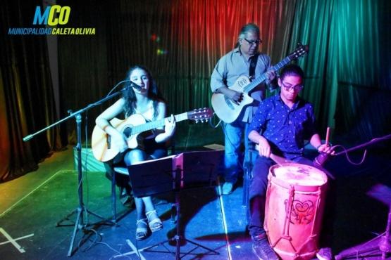 Tango y folclore en el Ciclo de Música
