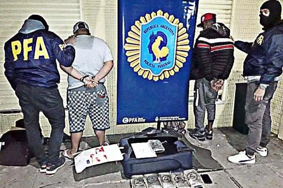 """Procesaron por """"comercio de estupefacientes"""" a siete extranjeros y seguirán presos"""