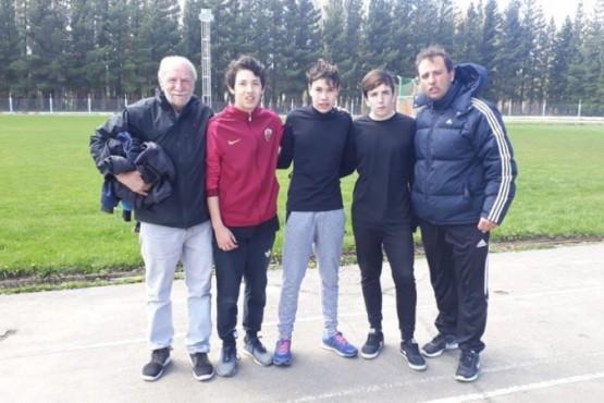 Jóvenes atletas dejando en lo más alto a Lago Posadas