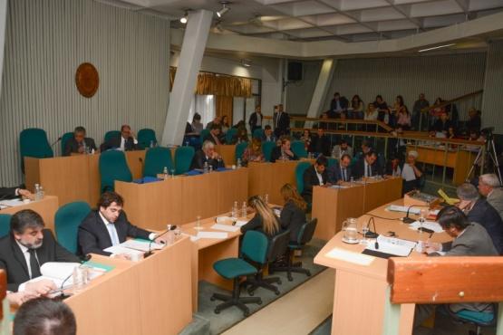 Legisladores se manifestaron en defensa de los usuarios de gas
