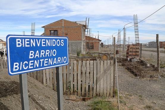 Los vecinos del Bicentenario ahora exigen el título de propiedad. (Archivo).