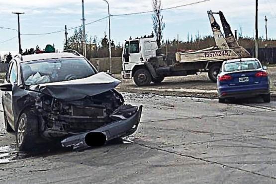 Una mujer resultó herida tras protagonizar una fuerte colisión