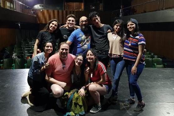 """""""Dumas"""" recibió aplausos y ovación en el Centro Cultural San Martín"""
