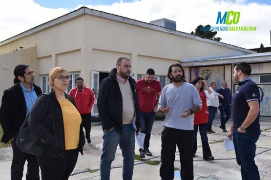 Prades junto a funcionarios visitó el Jardín Nº 11