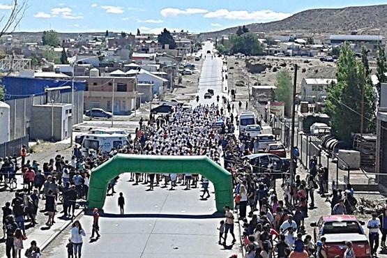Convocan a atletas de toda la Provincia a la maratón de Caleta