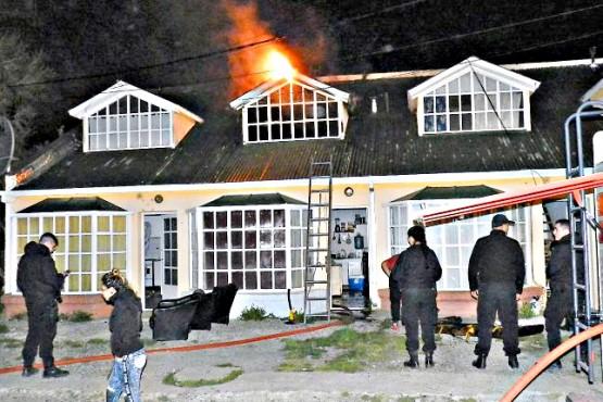 Fuego en departamento y consultorio médico