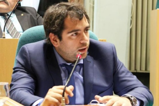 Diputado Santiago Gómez