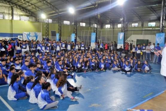 Los 700 deportistas partieron desde Cañadón Seco
