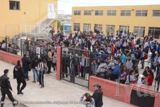 Segunda falsa amenaza de bomba en la Escuela Adventista