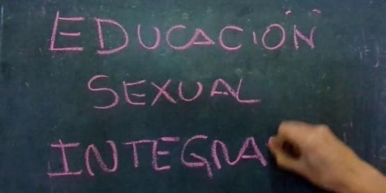 #Conmishijosnotemetas junta firmas contra la Educación Sexual Integral