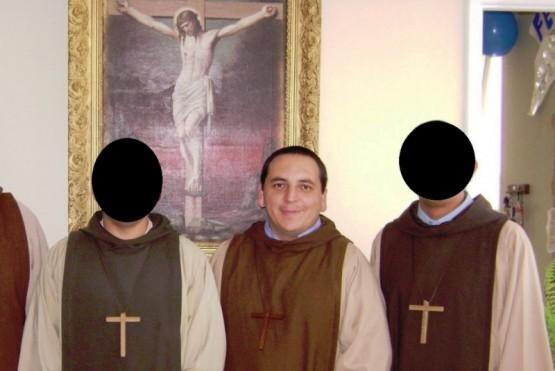 Ursino procesó al cura acusado de pederasta y feligreses le pagan a un abogado particular