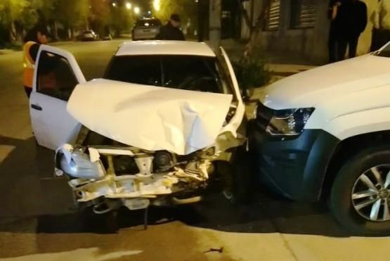 Dos personas resultaron heridas tras protagonizar una fuerte colisión