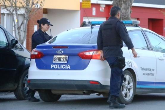 Robo a joyería: secuestran alhajas en allanamiento