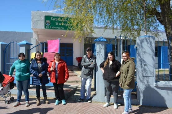 Madres piden que higienicen la EPP N°44 ante casos de streptococcus