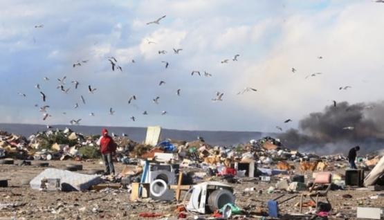 Municipio recordó a vecinos que se puede tirar basura en el vaciadero