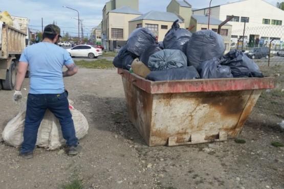 Vecinos limpiaron la Reserva Ex Startel