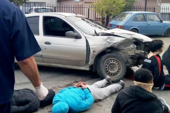 Dos heridos y detenidos en dos violentos choques