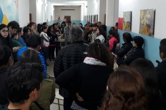 Sin solución en la escuela Nº 68 por escape de gas alumnos son derivados a otro establecimiento