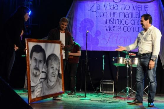 Puerto Santa Cruz agasajó a las madres en su día