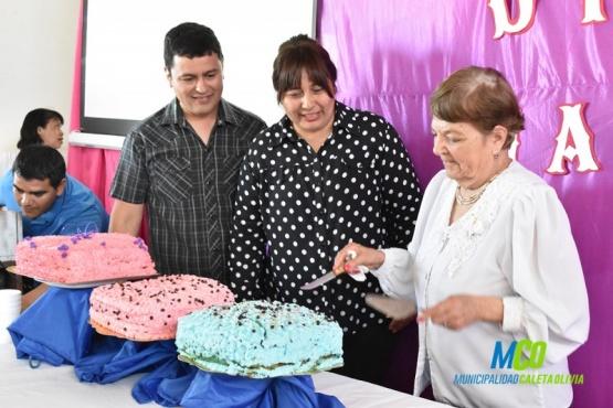 Agasajaron a madres que colaboraron realizando actividades para el día del niño