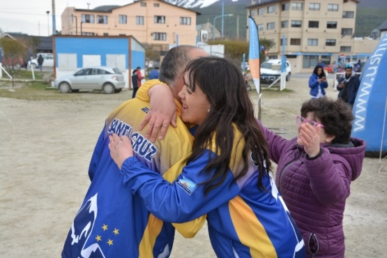 Alegrías para Santa Cruz en el Torneo ''Facundo Rivas''