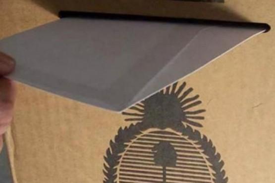 Elecciones: Arcioni firmaría decreto para votar el 19 de mayo