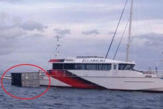 Ráfaga de viento tiró un container de carga al Canal Beagle