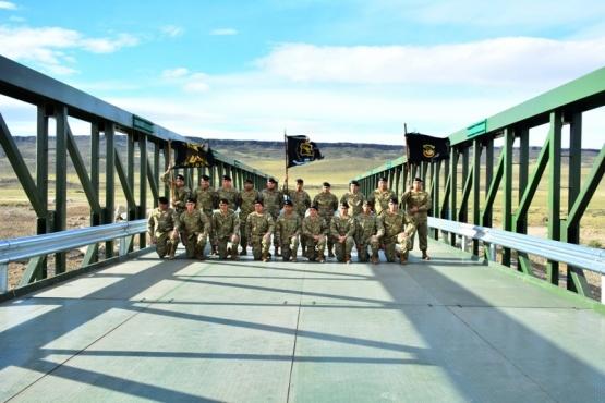 El Ejército Argentino tiene una marcada presencia en la zona de las represas Cóndor Cliff y La Barrancosa. (C. R)