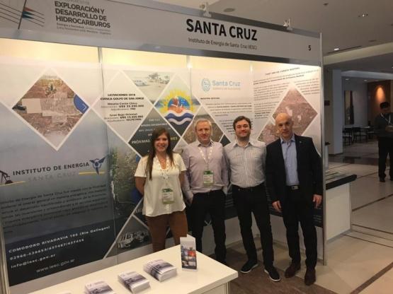 Santa Cruz llevó su oferta hidrocarburífera al Congreso de Exploración y Desarrollo