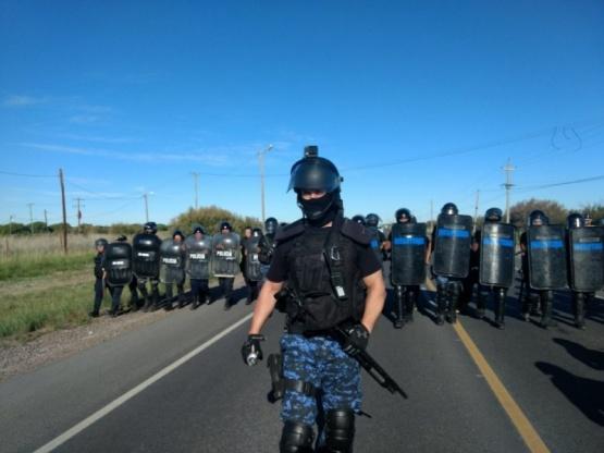 Hubo enfrentamientos en el desalojo de la Ruta 7