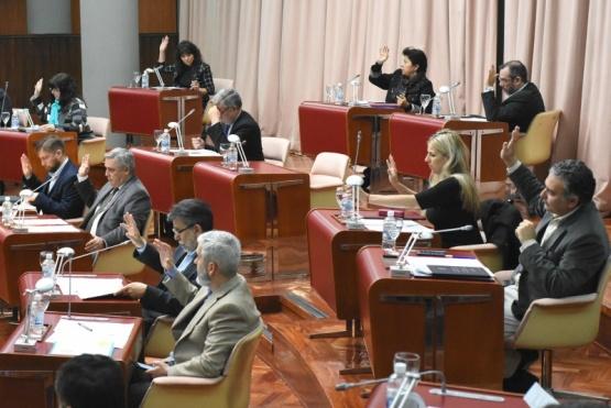 Chubut debate el desdoblamiento electoral