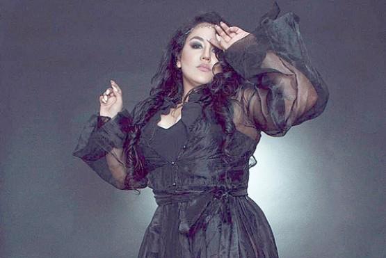 Gisela Lepio brilló con sus canciones en el Maipo Cabaret