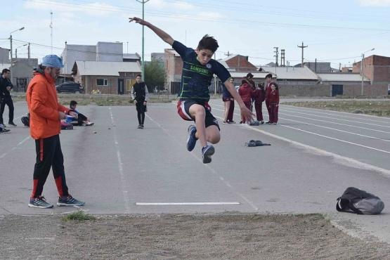 Se realizó la última fecha de la Liga Municipal de Atletismo