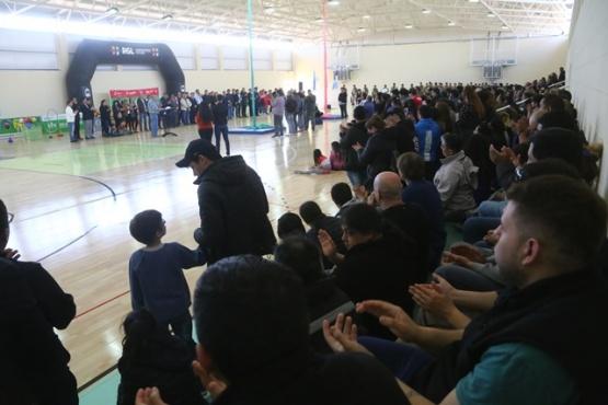 Quedó inaugurado el nuevo gimnasio municipal en el barrio San Benito